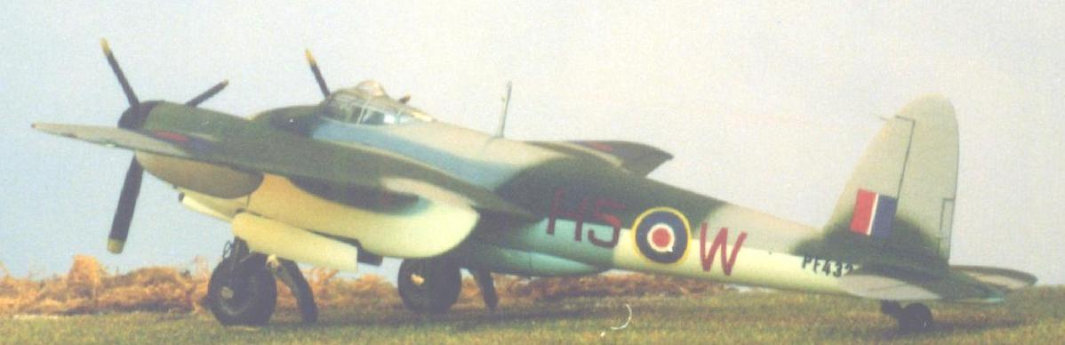 click here to get the full-size De Havilland Mosquito B IX
