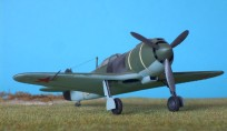click here to get the full-size Lavochkin La-5 over Leningrad